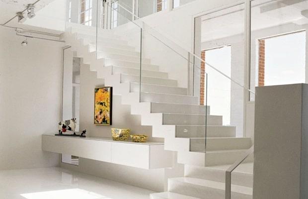 Escalier metallique laqué