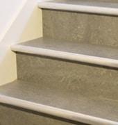 Revêtement d'escalier en vinyle
