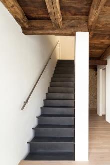 nouvelles marches d 39 escalier m thode de pose conseils prix. Black Bedroom Furniture Sets. Home Design Ideas