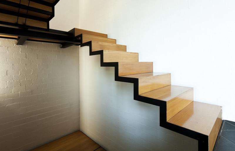 Escalier design en bois
