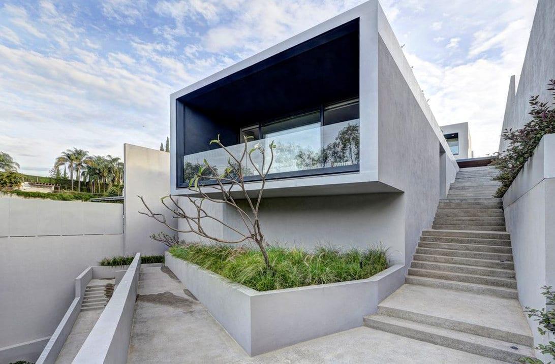 Escalier extérieur en beton