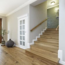 Placer un escalier en chêne